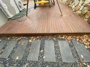 3 26 Dominion Circuit Forrest decking